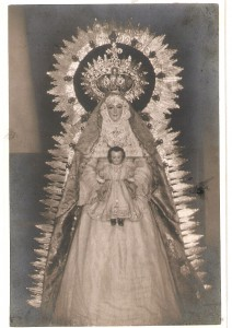1937. La Santísima Virgen en el oratorio II