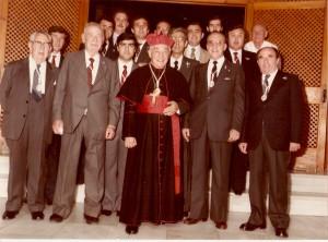 1984. función principal. Imposición primera medalla de oro de la hermandad (1)